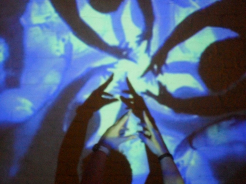 From a workshop in Reggio Emilia.  Light, projection and video camera - materials in dialogue that invite exploration of digital/virtual and multiple/real selves